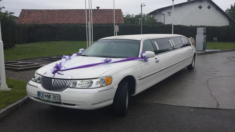 bela limuzina